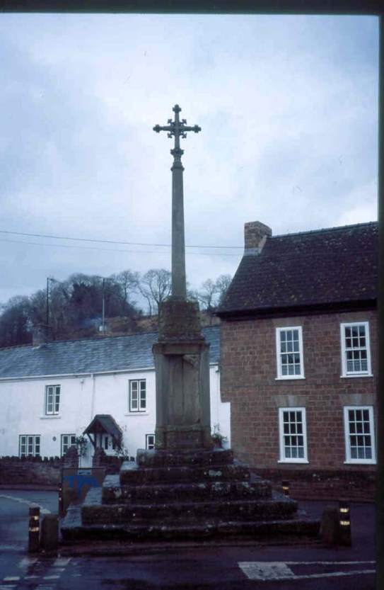 54 Clearwell, the Cross