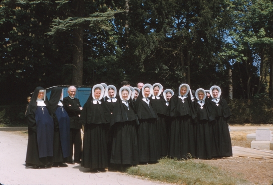 TRANSPARENCIES 1959 6 St Clotilde nuns.jpg